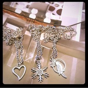 ❤️Silver Heart❤️Snowflake❄️and Parrot 🦜Necklace🦜